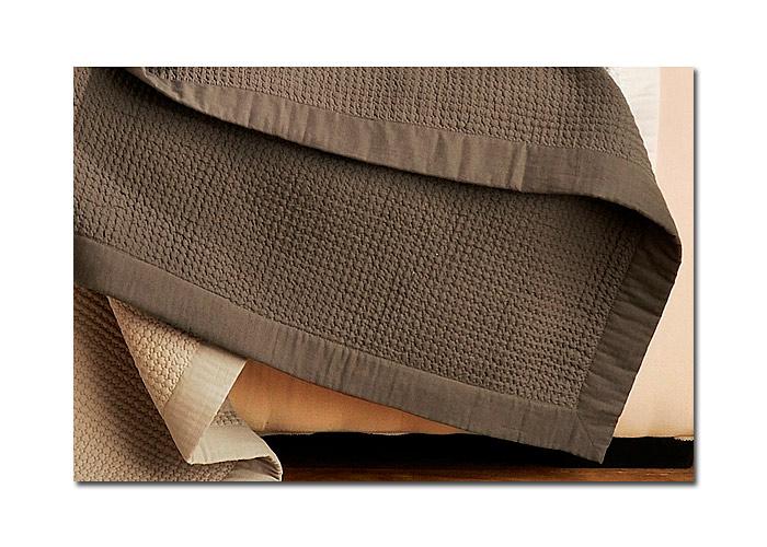 nid d abeille toiture. Black Bedroom Furniture Sets. Home Design Ideas