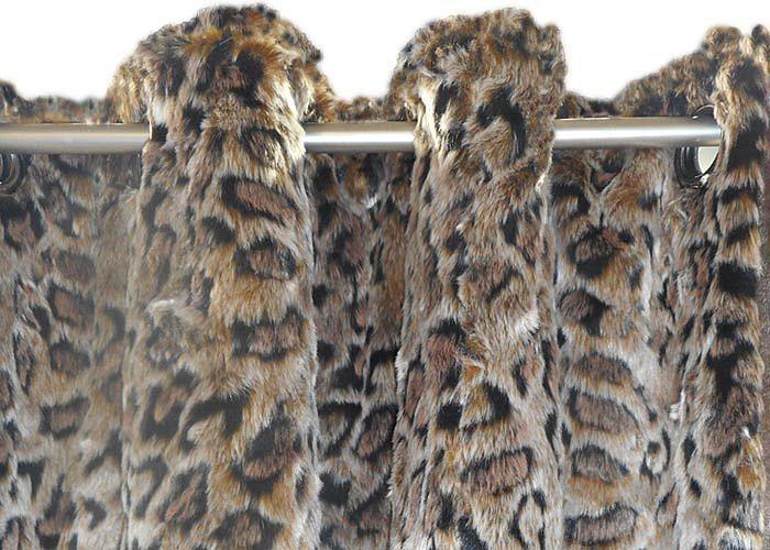 jet de lit couvre lit fausse fourrure leopard grand. Black Bedroom Furniture Sets. Home Design Ideas