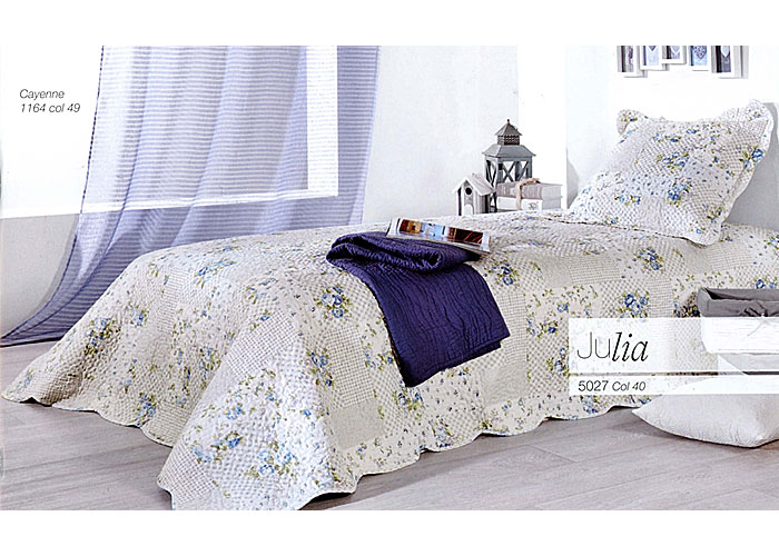 plaid boutis fleurs bleues julia plaid bleu plaid. Black Bedroom Furniture Sets. Home Design Ideas