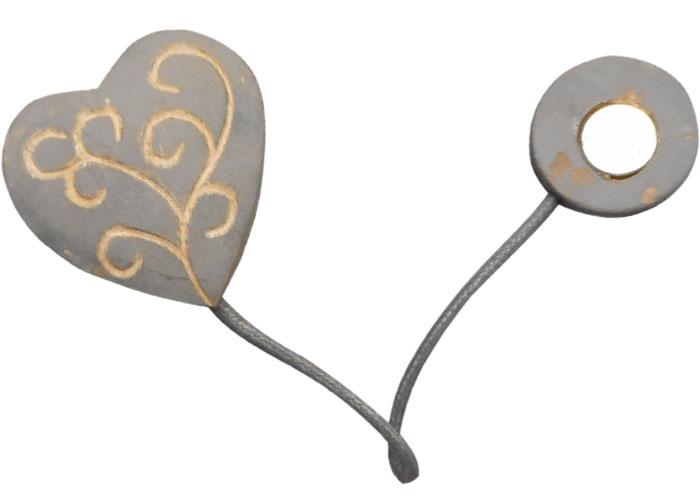 embrasse rideau coeur top embrasses rideaux originales en ce qui concerne embrasse rideau coeur. Black Bedroom Furniture Sets. Home Design Ideas