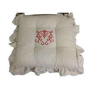 Galette de chaise frou frou peaceland brodé de fil rouge