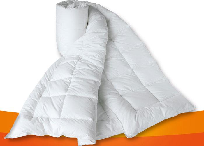 Couette 200x200 c500 g m2 couette blanche 200x200 cm - Couettes naturelles haut de gamme lit confortable ...