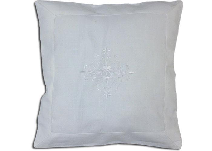 Housse de coussin blanc avec broderie blanche for Housse de coussin blanc