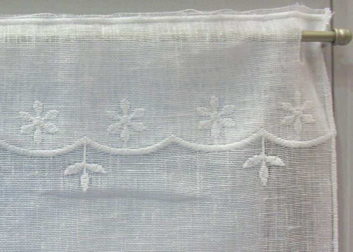 petit rideau blanc perce neige petit rideau pr t poser. Black Bedroom Furniture Sets. Home Design Ideas