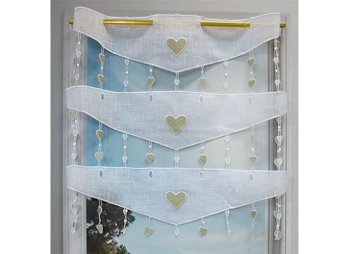 Petit rideau macramé blanc brodé cœur coloris lin