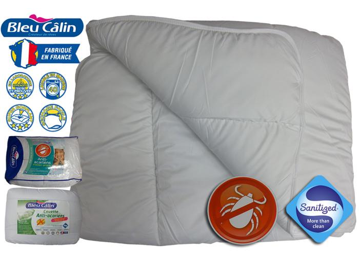 couette blanche 400g m2 bleu calin trait e anti acariens. Black Bedroom Furniture Sets. Home Design Ideas