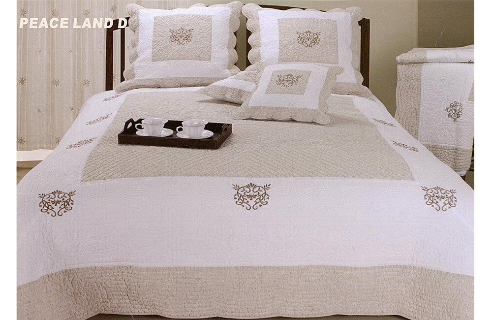 couvre lit boutis brod coeur peaceland d ebay. Black Bedroom Furniture Sets. Home Design Ideas