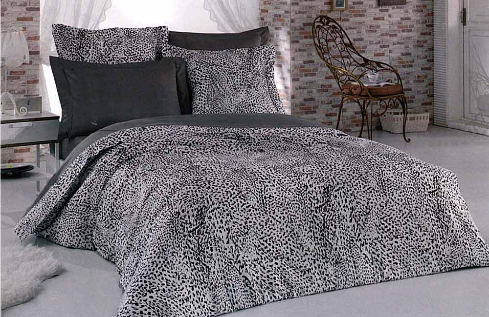 Housse de couette satin 220x240 plumes georges rech 2 taies for Royal tiss boutis