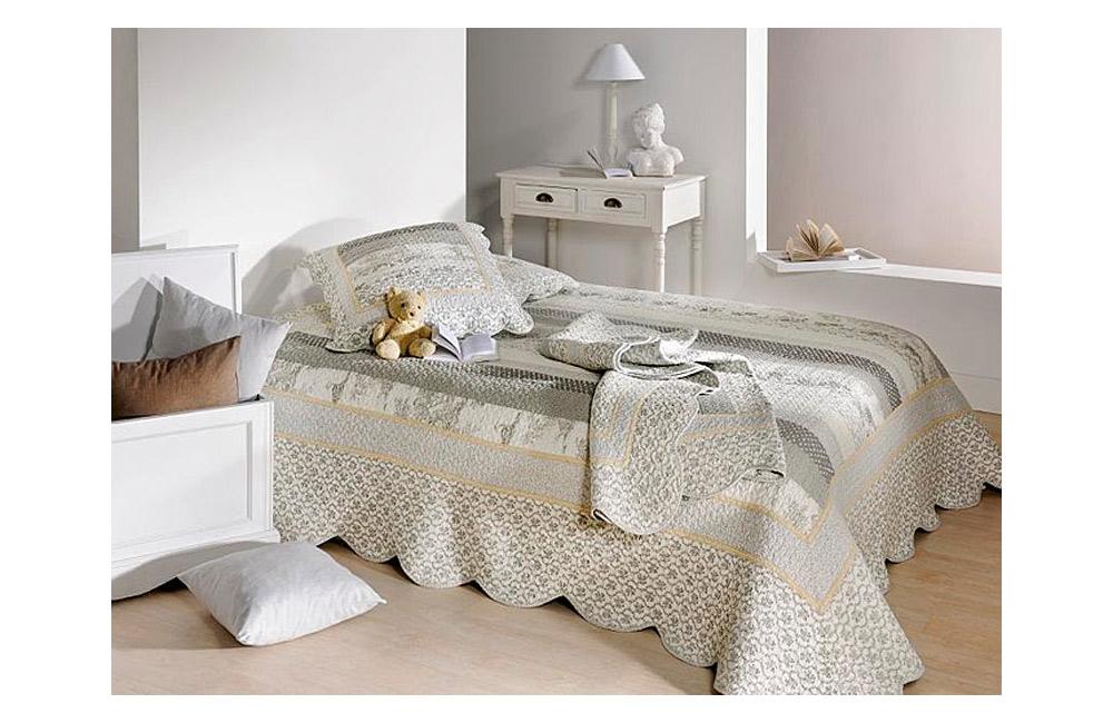 couvre lit boutis marylou gris imprim 180x240 230x250 250x260. Black Bedroom Furniture Sets. Home Design Ideas