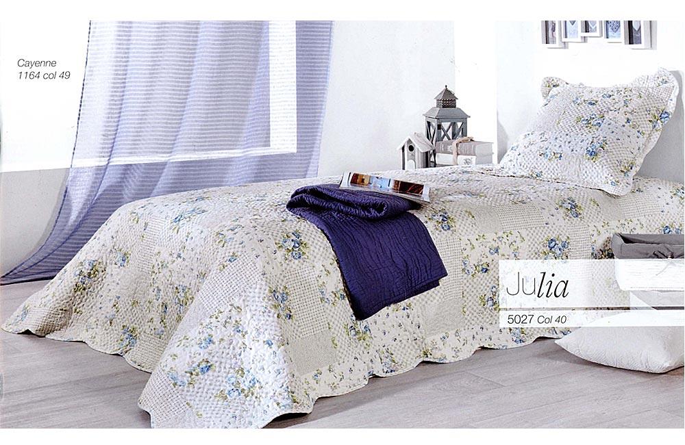 patchwork en laine les bons plans de micromonde. Black Bedroom Furniture Sets. Home Design Ideas