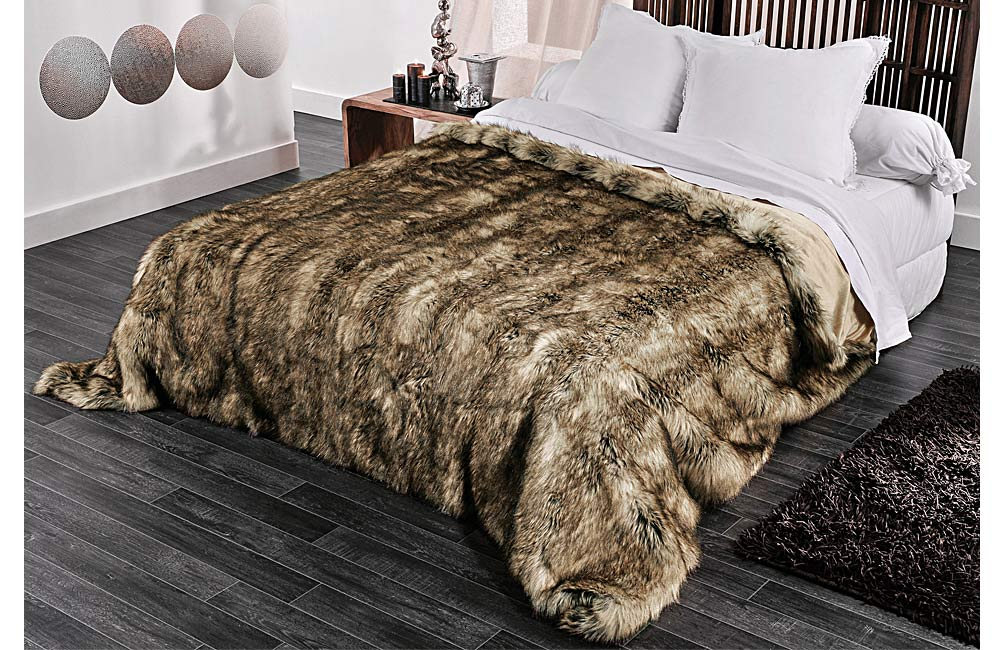 couvre lit et plaid fausse fourrure grizzly ebay. Black Bedroom Furniture Sets. Home Design Ideas