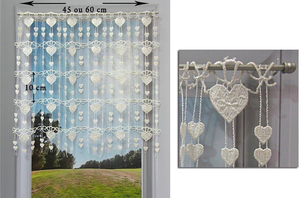 details sur rideau cantonniere macrame motif coeur ecru